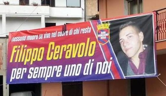 Abbraccio a Filippo Ceravolo